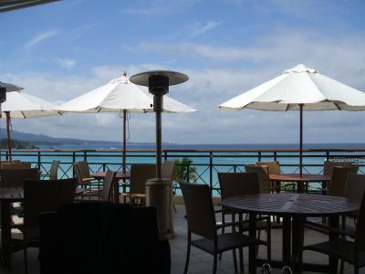 沖縄ってどんなところかな~?初めての沖縄3泊4日。まずは日航アリビラとザ・ブセナテラスに行ってみました。