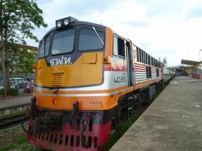 タイ国鉄 究極のローカル線 キリラッタニコム線に乗る  2013年11月