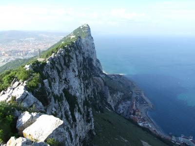 ジブラルタル海峡 アフリカヘの玄関口アルヘシラス アフリカ大陸スペイン領セウタ