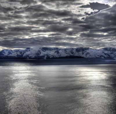 氷河が 身近に見れ 大自然を満喫