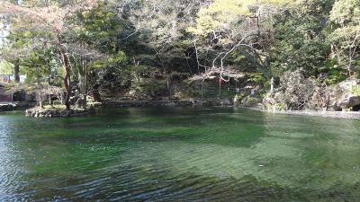 桜追っかけ一人旅(11) 環境庁指定名水百選・・・出流原弁天池湧水