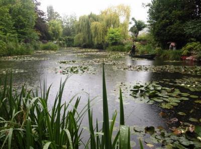 モンサンミッシェルとジュベルニーの庭・パリ一人歩き