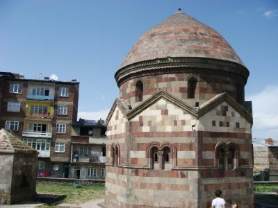 カルスからエルズルムまで 生活の中の遺跡と物価を調べてみる(東トルコその15)