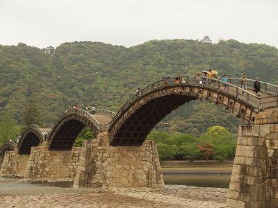 美しいアーチ橋 錦帯橋 いろり山賊で山賊焼にかぶりつき おいしい海鮮にも出会った旅