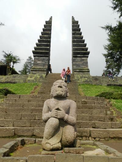 ヒンドゥー教と仏教の史跡を巡る旅2(ソロの史跡散策編)