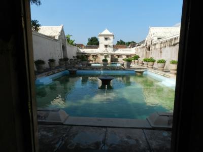 ヒンドゥー教と仏教の史跡を巡る旅4(ベチャで巡るジョグジャカルタ市内観光編)
