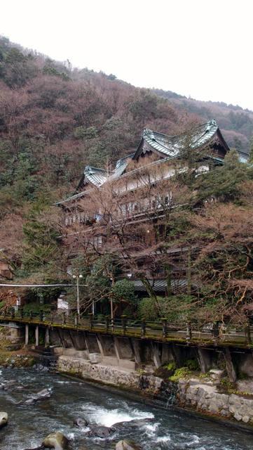 創業400年 文化財の宿 塔ノ沢環翠楼に宿泊す