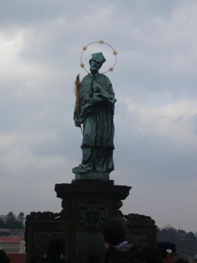 チェスキークルムロフ、王宮、カレル橋を歩きました。