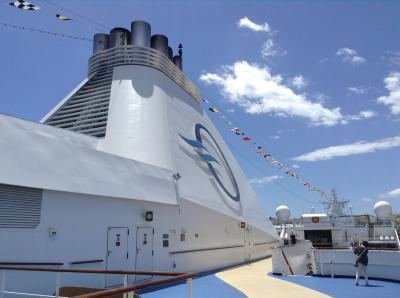 クルーズ船に乗ってのエーゲ海 オーシャニア Riviera ピレウス港出港