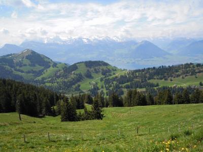 スイス観光ガイド~山の女王リギ山【スイス情報.com】