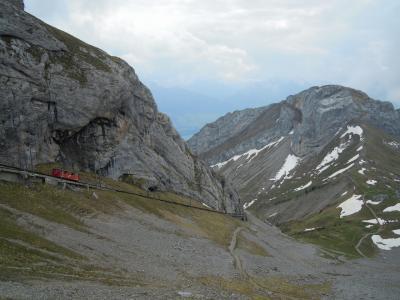 スイス観光ガイド~竜が住む伝説のピラトゥス山~【スイス情報.com】