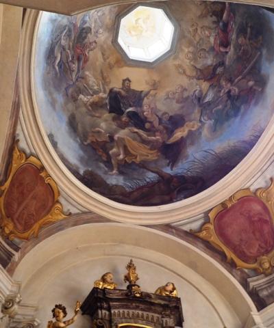 5月 中欧 ④チェコ プラハ プラハ城 聖イジー教会 黄金の小道