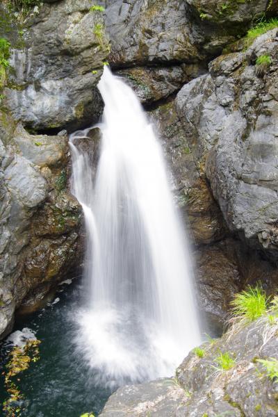 涼を求めて・・・鮎止の滝