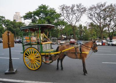 【フィリピン:マニラ】 馬車、カレッサに乗る♪