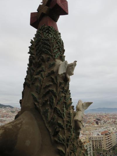 スペイン旅・走馬灯のように変化する景色に、ガウディーを身近に感じつつ偲ぶ、サグラダファミリア