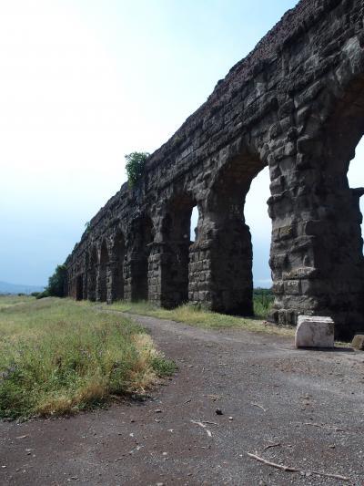 イタリア縦断13日間の旅 ⑬6月16日 アッピア街道 カタコンベとローマ水道橋~帰国