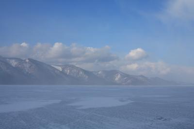 バイカル湖で新年に乾杯!