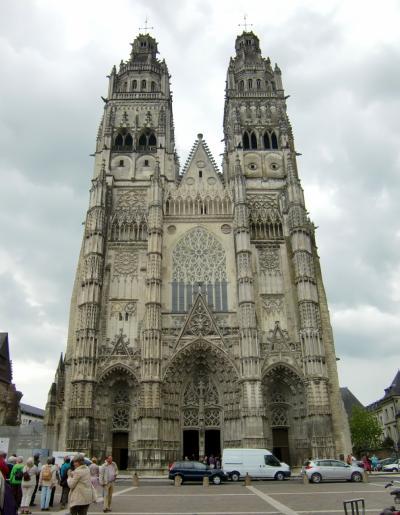 '14フランス。パリを拠点にジャンヌ・ダルクを訪ねて8。トゥール、サントル・ロワールの中心都市。