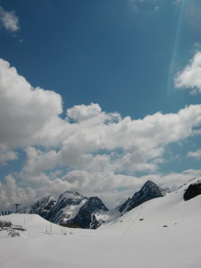 ジジ・ババ チロルの旅ーシュトウバイタール・氷河へー