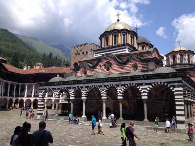 東欧・バルカン旅行その7 再訪ブルガリア:結婚式ラッシュの街ソフィアとリラの僧院