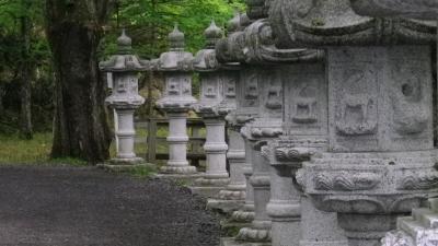 ふだん着の休日 雨上がりの温泉寺と湿原 -5