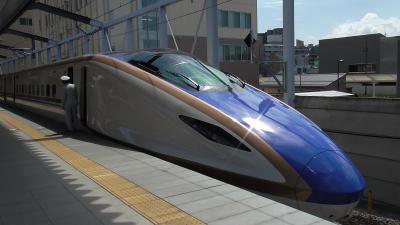 新型の長野新幹線とSL銀河に乗車。