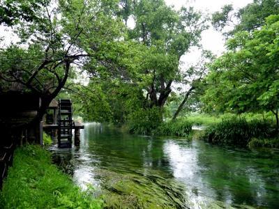 2日目は雨(2)  安曇野から善光寺へ