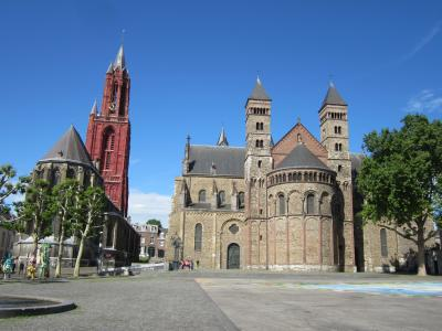 ベネルクス・ジャーマンパスを使って鉄道の旅②オランダ、マーストリヒト~アルクマールのハートの街路樹