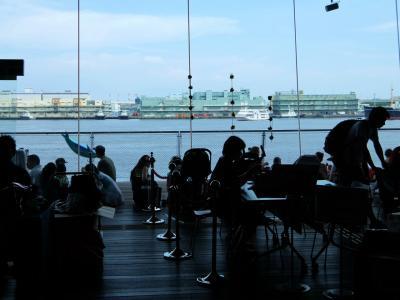 盛夏 横浜散歩ー2 大桟橋客船ターミナルを