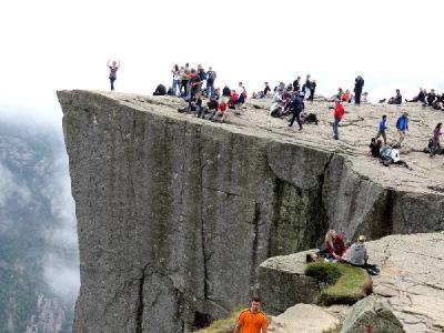団塊夫婦のノルウェー絶景ドライブ旅行ー(1)プレーケストーレンに挑戦