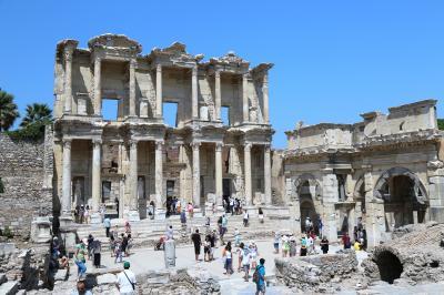 念願叶ってトルコ旅行 ⑤気温38度 炎天下のエフィスで遺跡めぐり