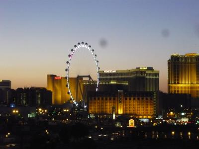 日々変わる街、ラスベガス。独立記念日の花火もきれいでした。