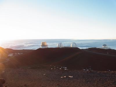 祖母80歳記念旅行で、4,205 mマウナケアからの夕陽&満点の星