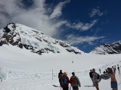 スイス グリンデルワルトでメンヒ登山 初めての4千メートル おばさんの一人旅