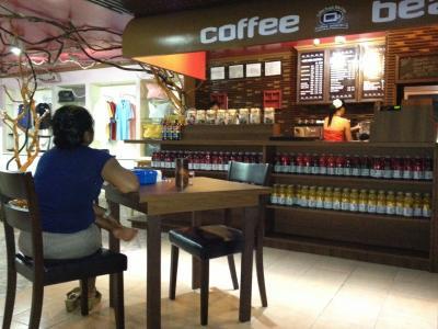 WiFi利用無料のカフェ