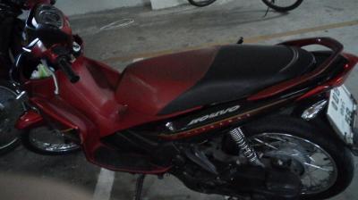 バイクで移動するパタヤ