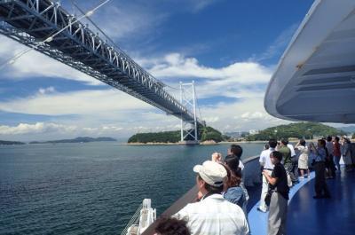 ぱしふぃっくびーなすで瀬戸大橋を通過