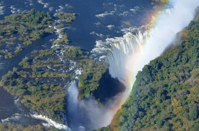 2014・南アフリカ「世界三大瀑布制覇!!」の旅 ヘリコプターからビクトリアの滝を見る!