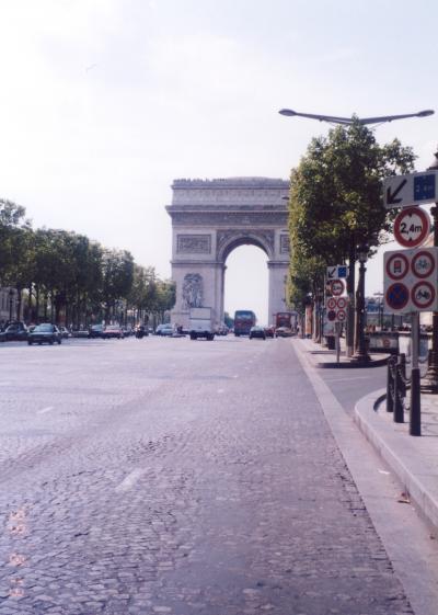 1944年8月19~26日 「パリは燃えているか」(砂布巾のLW 第7章3)+パリの街並み