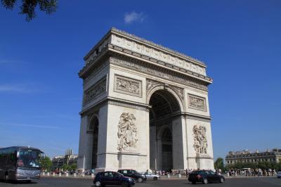 子連れ旅行 フランス・パリ その1 香港からキャセイパシフィックでフランス(パリ)へ <朝到着、そのまま市内観光するのだ>