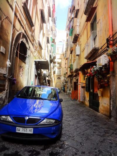 イタリア・ナポリ ~青い海とピッツァと路地裏の日常~