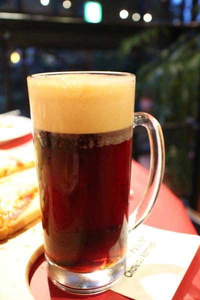 シャトーカミヤにて地ビールを愉しむ。
