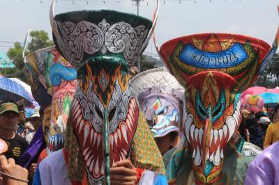 2014年6月/タイ-3/ピーターコーン祭りへ