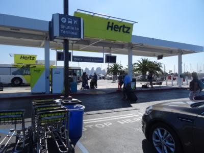 サンディエゴ インターナショナル ハーツレンタカー 返却