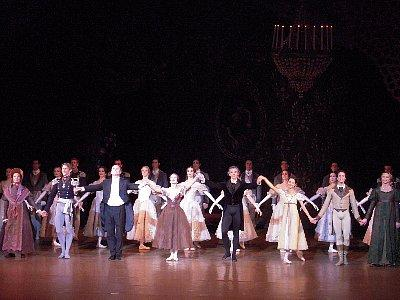 バレエはパリで-1