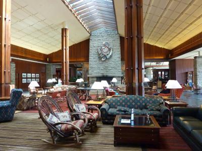 2012年春【6】・エアカナダ・ビジネスクラスで行く、ナイアガラの滝&カナディアンロッキー満喫の旅(自然満喫フェアモント・ジャスパー・パーク・ロッジ)