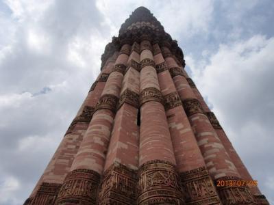 インド世界遺産の旅(10)世界遺産「クトブ・ミナール」。