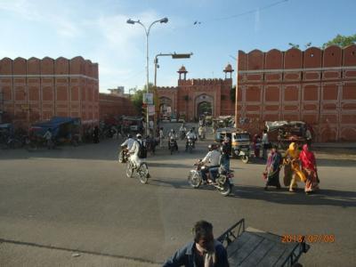 インド世界遺産の旅(13)Pink City「ジャイプール」へ。