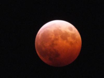 皆既月食 赤い月!2014年10月8日