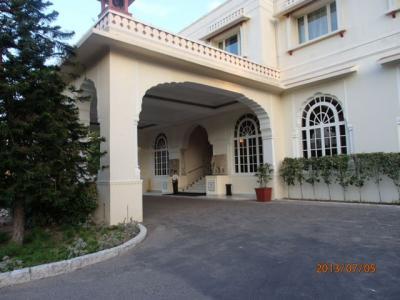 インド世界遺産の旅(14)ジャイプールのマハラジャホテル「ジャイ マハール パレスホテル」。